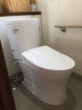 節水性・省エネ性・掃除性に優れ3拍子揃ったトイレの完成です!!